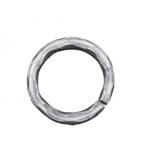 Cercle diamètre 110mm ext carré de 14x14mm anneau en acier martelé dans les angles roulé non soudé