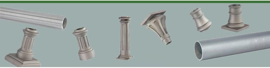 Poteaux en fonte d'aluminium en pièces détachées à assembler.