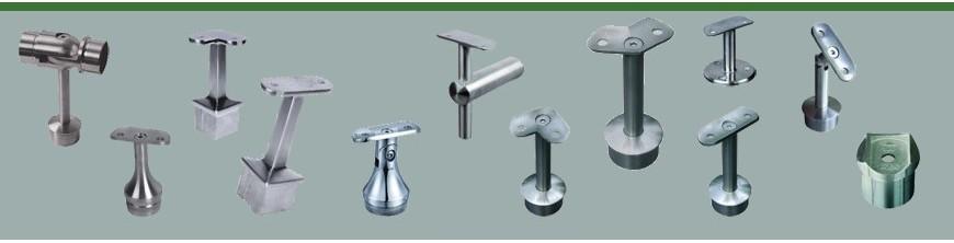 Supports de mains courantes acier inox à fixer sur des poteaux pour rampe inox ou bois