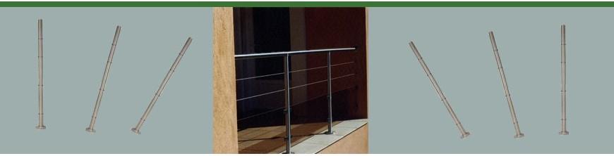 Poteaux en acier inoxydable pour montage câble traversant et pinces à verres.